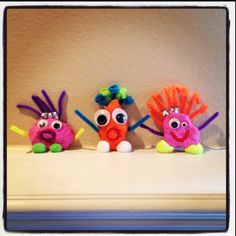 OUR ROCK PETS :) School Holiday Crafts, School Holidays, Summer School, Preschool Crafts, Crafts For Kids, Name Crafts, Class Room, Monster Party, Pet Names