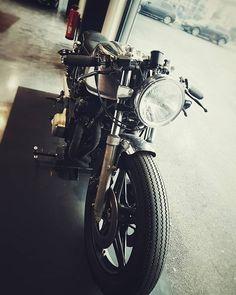 Nice Motorbike  Owner @jp.performance      #motorsport #motorbiker #motorrad #wirwartenaufsommer #jpperformance #bigboostarmy #bigboytoy #bigboostburger Ride Or Die, Motorbikes, Biker, Army, Motorcycle, Instagram, Pictures, Gi Joe, Military