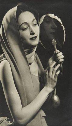 Man Ray, Nusch Éluard with Mirror