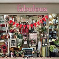 """""""Our lovely store. #fabulousflowers #cavendishsquare ORDER ONLINE www.fabulousflowers.co.za #flowershop #floraldesign #flowerpicoftheday…"""""""
