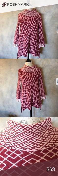 "NWT Anthropologie super soft knit tunic Anthropologie super soft knit tunic in burgundy and blush. It's so so soft you'd want to wear it all the time. Great with just about anything plain. Pair it with denim or a long skirt. A line skirt and knee high boots. It is versatile and perfect for winter. Will also make a great holiday gift. Size S but may also work for a medium. Length 28"". Anthropologie Tops Tunics"