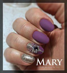"""0 kedvelés, 1 hozzászólás – Zelenyák Marianna (@maryzelenyak) Instagram-hozzászólása: """"#nails #nail #nails #nailstagram #nailart #gelnails #crystalnails #műköröm #ünnepiköröm #маникюр…"""""""