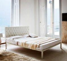 Caracalla è un #letto minimal-chic disegnato nel 2009 da Emaf Progetti per @Zanotta.