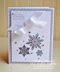 I really like the angled ribbon and bow. #Christmas #cards #paper_crafting