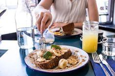 Peanut-Butter-Toasts und guter Kaffee im Tinman in Berlin-Mitte