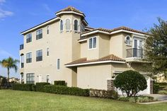 Reunion Resort Villa 306 306 Kissimmee (Florida) Featuring free WiFi throughout the property, Reunion Resort Villa 306 306 is a villa located in Kissimmee, 10 km from Green Meadows Petting Farm. The villa is 14 km from Kissimmee Value Outlet Shops. Free private parking is available on site.