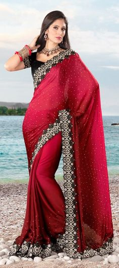 Designer saree Bollywood Fashion - http://www.kangabulletin.com/online-shopping-in-australia/bollywood-fashion-australia-discover-a-striking-collection-of-indian-clothes/ #bollywood #fashion #australia #sale indian bridal jewelry and online sarees