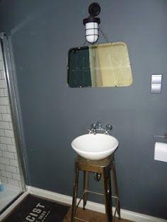 Bathroom full of junks