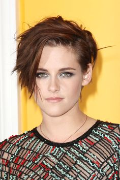 Kristen Stewart at the NYC premiere of 'Camp X-Ray'. http://beautyeditor.ca/2014/10/09/kristen-stewart-short-haircut
