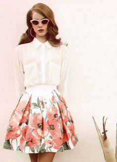 Pretty Pleated Floral Skirt with a White Blouse // lana del rey Retro Fashion, Love Fashion, Vintage Fashion, Womens Fashion, Cheap Fashion, Elizabeth Woolridge Grant, Vintage Outfits, Moda Retro, Bcbg