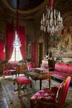 Chateau. Please like http://www.facebook.com/RagDollMagazine and follow @RagDollMagBlog @priscillacita