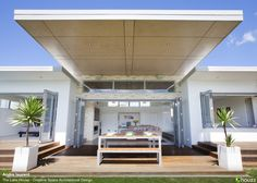 Houzz Inspiration - Completely Containerable! Deck Dining with Collapsible Glass Doors
