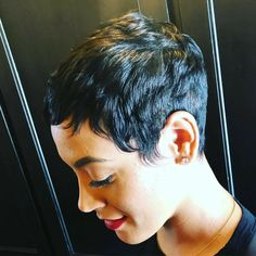 Today we have the most stylish 86 Cute Short Pixie Haircuts. We claim that you have never seen such elegant and eye-catching short hairstyles before. Pixie haircut, of course, offers a lot of options for the hair of the ladies'… Continue Reading → Short Sassy Haircuts, Short Black Hairstyles, Pixie Hairstyles, Hairstyles With Bangs, Short Hair Cuts, Pixie Cuts, Black Pixie Haircut, Simple Hairstyles, Medium Hairstyles
