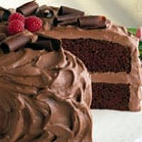 Chocolate Mousse Cake--topping looks yummy. I'd make my own chocolate cake :) Chocolate Mousse Recipe, Chocolate Desserts, Cake Chocolate, Chocolate Pudding, Chocolate Frosting, Chocolate Mouse Cake Filling, Choclate Mousse, Chocolate Curls, White Chocolate