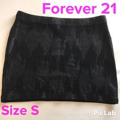 F21 Patterned Bodycon Miniskirt Size S Waist is 26 inches, Length is 12 inches. Excellent Condition! Forever 21 Skirts Mini