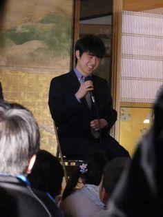 中学生プロ棋士の藤井聡太六段(15)が24日、名古屋城本丸御殿(名古屋市)で開催 - Yahoo!ニュース(スポニチアネックス)