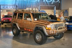 Jeep Commander Off-Road   too unsophisticated compared to the commander aev showed a commander ...