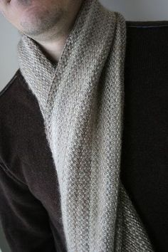 Cerus scarf - free pattern. The linen stitch is easy but it takes a long time. End result is beautiful.