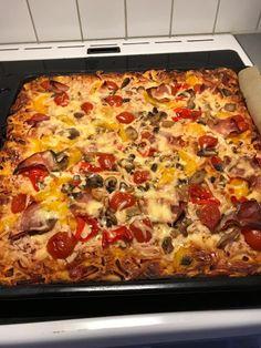 Cookbook Recipes, Cooking Recipes, Pizza Tarts, Chili Cheese Dogs, Hawaiian Pizza, Diabetic Recipes, Starters, Lasagna, Frugal