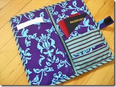 Free Sewing Pattern: Travel Wallethttp://netfet.blogspot.com/2010/12/how-to-passport-case.html