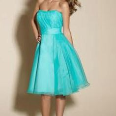 Tiffany blue bridesmaid dress <3