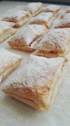 Miguelitos – DULCES FRIVOLIDADES Cream Puff Recipe, Spanish Dishes, Pan Dulce, Healthy Deserts, Dessert Recipes, Desserts, Sin Gluten, Creative Food, Sweet Recipes