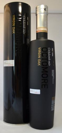 Bruichladdich Octomore 07.4 61,2% Scotch Whiskey, Bourbon Whiskey, Whiskey Quotes, Whisky Shop, Alcoholic Drinks, Cocktails, Single Malt Whisky, Bottle Design, Distillery