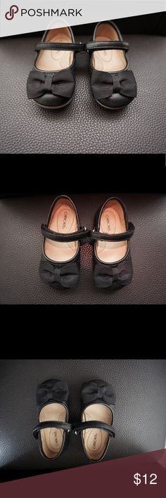 Black Dress Shoes for Baby Good used condition. Size 5. There is a scuff mark as shown in picture. Cute bow at the toes. Bundle with more items in my closet and save! Cherokee Shoes Dress Shoes