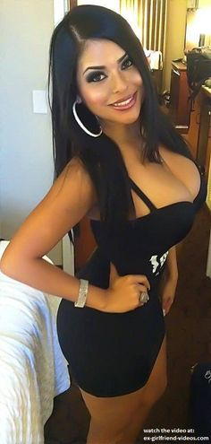 Sexy curvy babe in hot tight dress