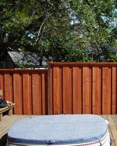 fenyő kerítéspanel Fa, Fencing, Garage Doors, Deck, Outdoor Decor, Home Decor, Picket Fences, Decoration Home, Room Decor