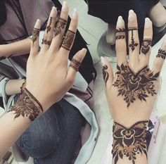 128 Best Cake Images In 2019 Mehndi Art Henna Art Henna Mehndi
