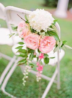 decoration de chaise romantique roses
