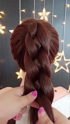 Die beliebtesten Frisuren des Jahres 2019 – Haare – – The most popular hairstyles of the year 2019 – Hair – – Popular Hairstyles, Easy Hairstyles, Girl Hairstyles, Wedding Hairstyles, Hairstyle Ideas, Curly Hair Styles, Natural Hair Styles, Hair Videos, Hair Designs
