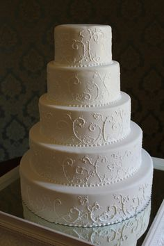 1000 images about 2013 wedding cakes on pinterest tuscany sugar rose and sugar flowers. Black Bedroom Furniture Sets. Home Design Ideas