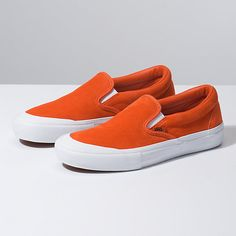 Browse bestselling Shoes at Vans including Men's Classics, Slip-On, Surf, BMX, Pro Skate Shoes and Sandals. Shop at Vans today! Skate Shoes, Men's Shoes, Shoes Sneakers, Black Slip On Sneakers Outfit, Sneakers Fashion, Aeropostale, Vans Store, Vans Original, Vans Checkerboard