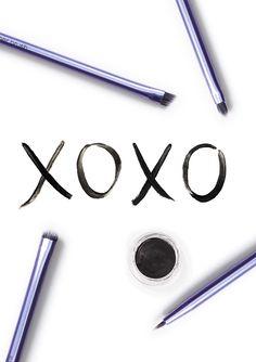 We love you too, eyelining brushes.