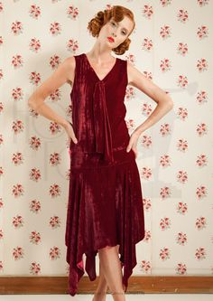a5e55f3c4a 1920s Lily Flapper Dress in Wine Red Velvet Aw 2018