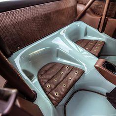 Porsche Singer 911 back seats inside