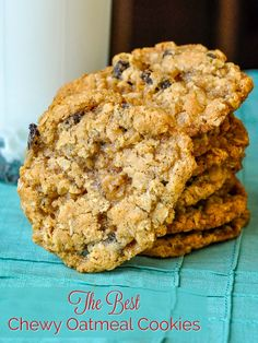 The Best Chewy Oatmeal Cookies – an old fashioned favorite! The Best Chewy Oatmeal Cookies. A real old fashioned recipe that has crispy edges and a softer chewier centre. The secret here is not to over bake them or they will become brittle. Best Oatmeal Cookies, Oatmeal Cookie Recipes, Cookie Desserts, Just Desserts, Old Fashioned Oatmeal Cookies, Bbq Desserts, Oatmeal Cake, Cookie Favors, Plated Desserts