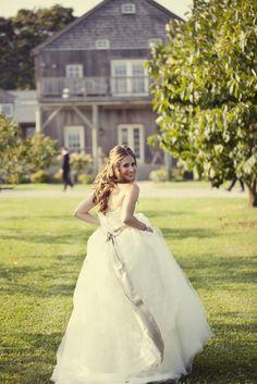 Wedding Dress - New York Wedding http://caratsandcake.com/ryanandmarissa