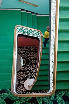 escaleras verdes
