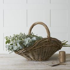 White spaces: inside Notes From A Stylist's home - The White Company Journal