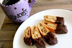 Dark Chocolate Mandel Bread    http://recipetavern.com/recipe/dark-chocolate-mandel-bread/