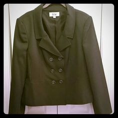 Blazer from Le Suit The perfect blazer for the corporate women.   6 button double breast style. Dark grey color. Le Suit Jackets & Coats Blazers