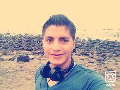 Todo es mejor en la playa Over Ear Headphones, Get Well Soon, Beach, Photos