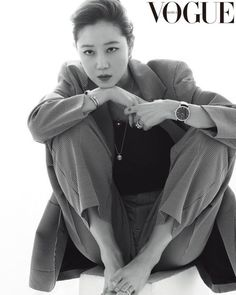 Gong Hyo Jin Goes Full Glam in Vogue Korea Pictorial Vogue Spain, Vogue Korea, Kpop Fashion, Star Fashion, Elegant White Dress, Gong Hyo Jin, High Fashion Photography, Lifestyle Photography, Editorial Photography