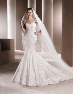 La Sposa Idalina, $950 Size: 4 | Used Wedding Dresses