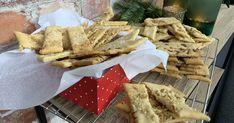 Sprø og smakfulle «kolakaker» Camembert Cheese, Dairy, Food, Caramel, Xmas, Essen, Yemek, Meals