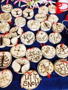 The most beautiful tree decorations made from 1 inch birch branches- approximately 2 inches wide ornaments. Each has a simply exquisite wood burnt message and a tiny eye at the top of the ornament. Wood Slice Crafts, Wood Burning Crafts, Wood Burning Patterns, Wood Burning Art, Wood Crafts, Wooden Ornaments, Diy Christmas Ornaments, Christmas Art, Christmas Decorations