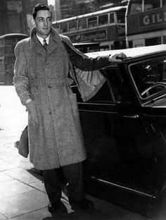 1940s film noir fashion - Google Search